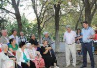 Александр Курбатов встретился с жителями