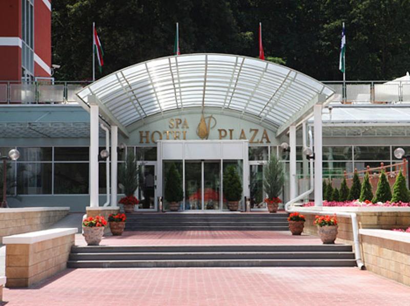 гостиницу в Кисловодске