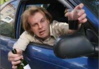 Пьяный водитель протаранил автомобиль ДПС