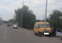 Водитель маршрутки умер от сердечного приступа во время движения