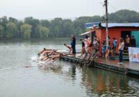 На Ессентукском озере прошли соревнования по плаванию
