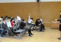 Школьники приняли участие в дискуссии Ступеньки милосердия