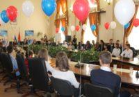 Юные граждане России получили первые паспорта в Ессентуках
