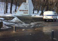 Злоумышленник в Железноводске снес один из боллардов