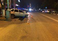 ДТП в Кисловодске: в реанимацию после столкновения с деревом