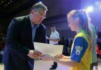 Губернатор Владимир Владимиров вручил 568 билетов  на ЧМ 2018