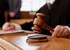 Руководителя колледжа и его зама осудили за продажу дипломов