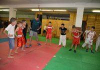 Мировой чемпион по кикбоксингу дал мастер-класс для ессентучан