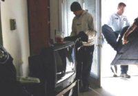 В Железноводске квартирант заменил мебель на хлам со свалки