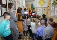 Воспитанники детского дома посетили художественную выставку