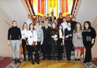 10 кисловодчан получили паспорта из рук спикера городской Думы