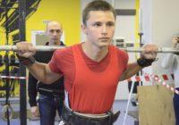 В Кисловодске прошли соревнования по жиму штанги и становой тяге
