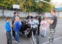 Сотрудники ГИБДД совместно с байкерами проводят мастер-классы