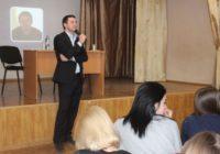 Кисловодский депутат-блогер встретился с молодежью города