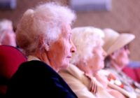 Бабушки Железноводска свяжут самый длинный шарф