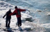 Кисловодчанин спас провалившегося под лед ребенка